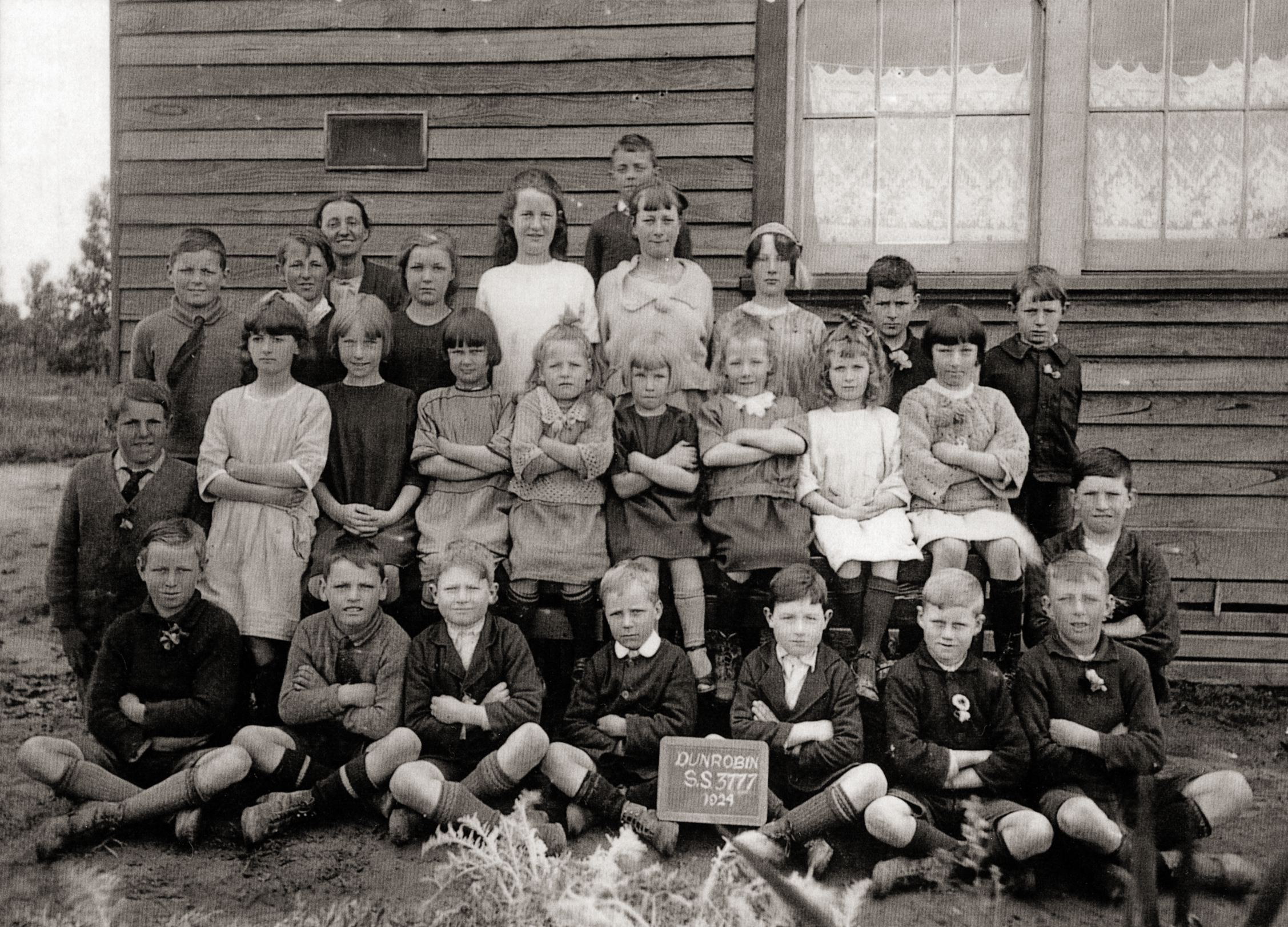Dunrobin State School, Class of 1924